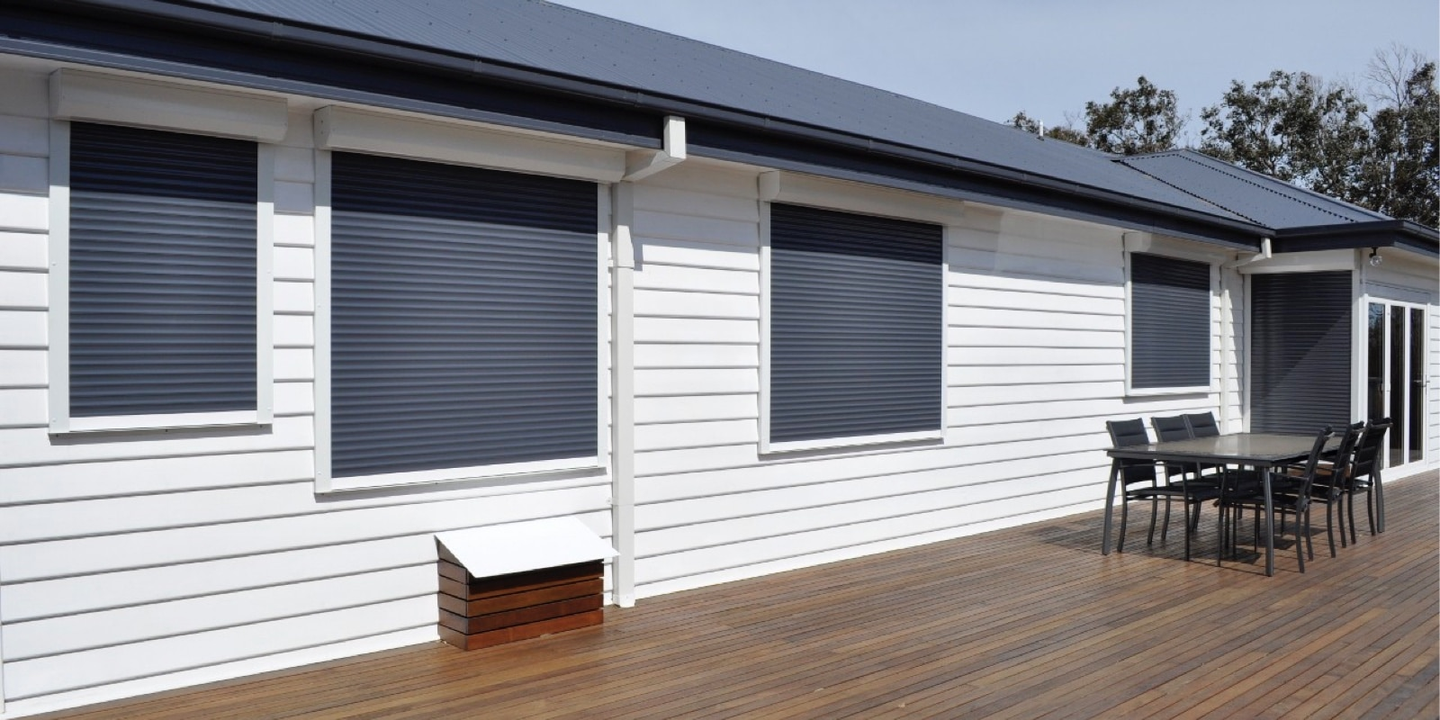 Domestic Roller Shutter On Windows M511 Roche Security