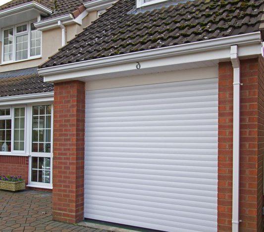 T55 COMPACT ROLLER GARAGE DOOR WHITE
