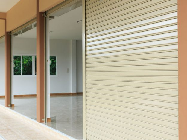 i100-Roller-Shutter-Powder-Coated